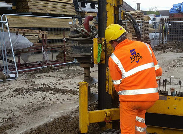 Choosing a Mini Piling Contractor Near Me: A Guide For Homeowners And Contractors, KHB Piling